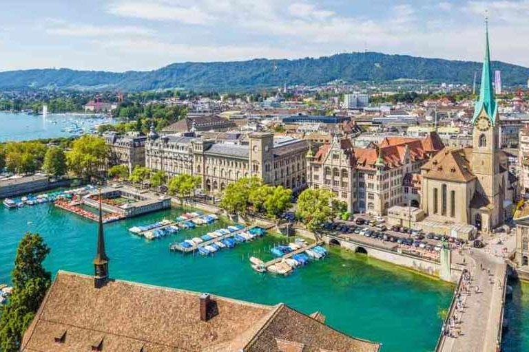 Gründungen Schweiz: 43'393 neue Unternehmen im Jahr 2017